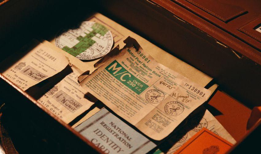 Schublade mit Dokumenten